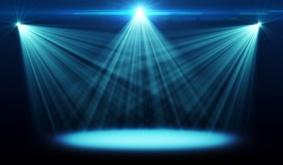 Events die pulsieren und durch perfekt in Szene gesetzte Lichttechnik begeistern