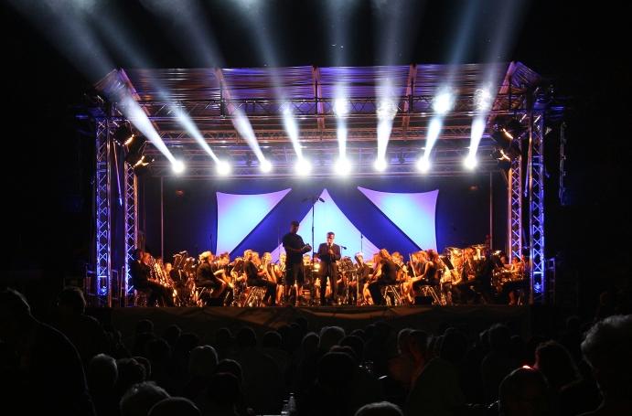 Stagemobil Bühnenverleih 10x10 m